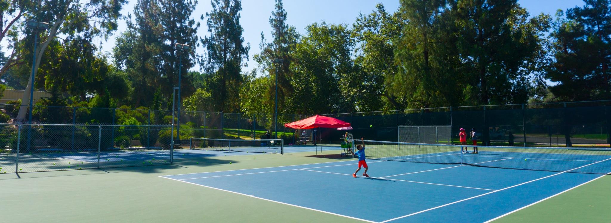 beautiful tennis courts Loma Alta Park Altadena California